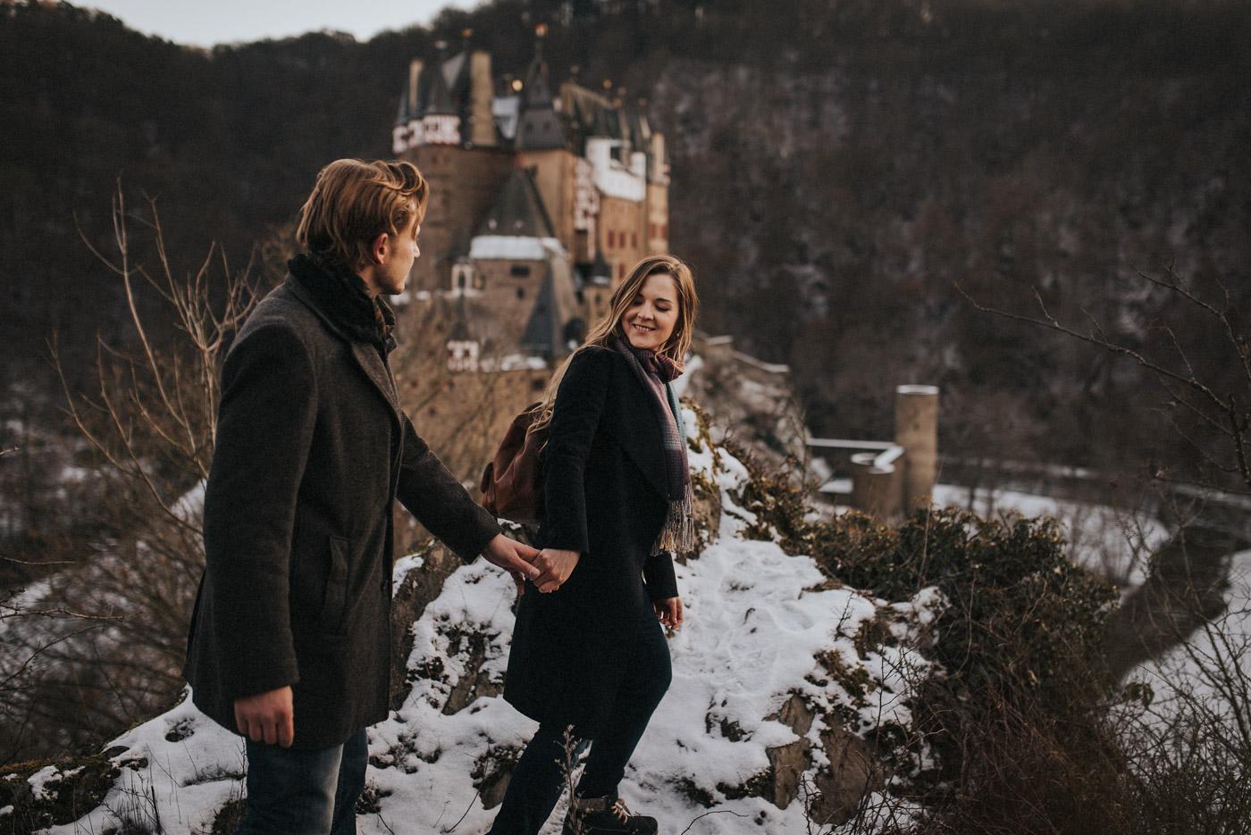 Paarshooting Burg Eltz Hochzeitsfotograf (20)