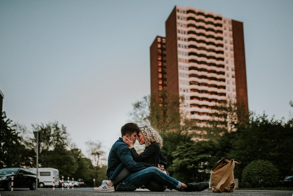 Urbanes Paar Fotoshooting in Köln