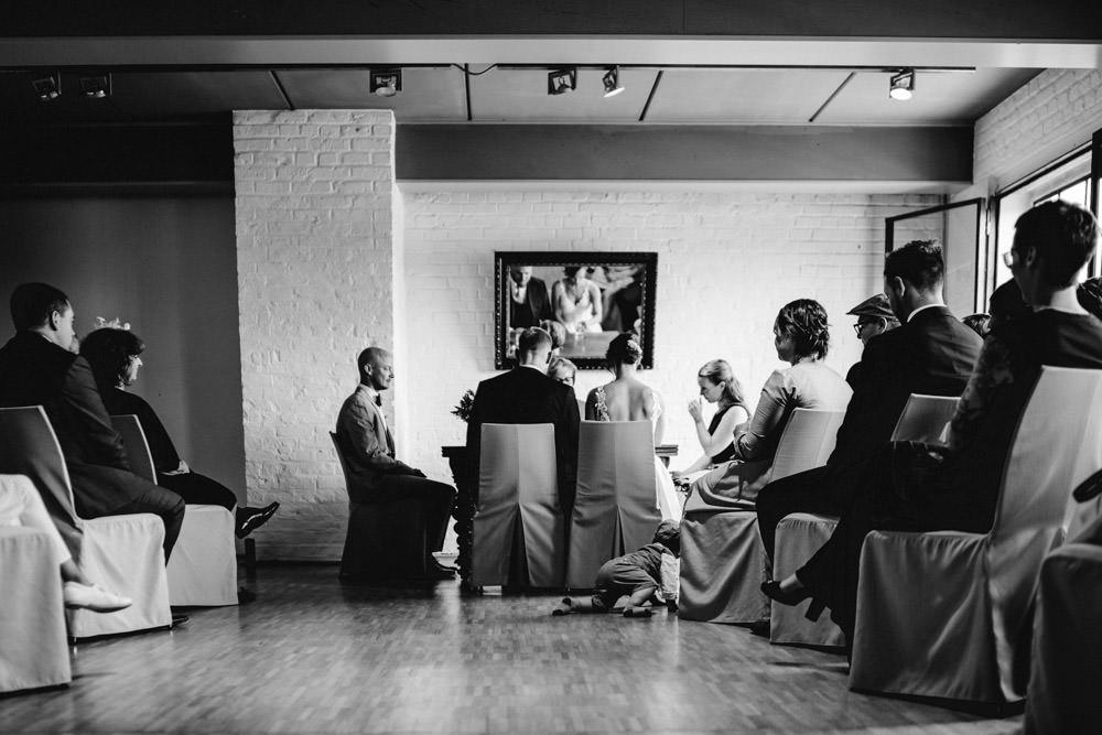 Standesamtlich Heiraten im Kunstsalon Köln Südstadt