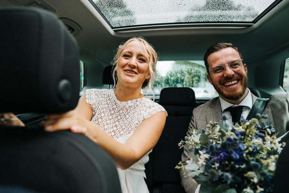 Brautpaar im Auto Düsseldorf