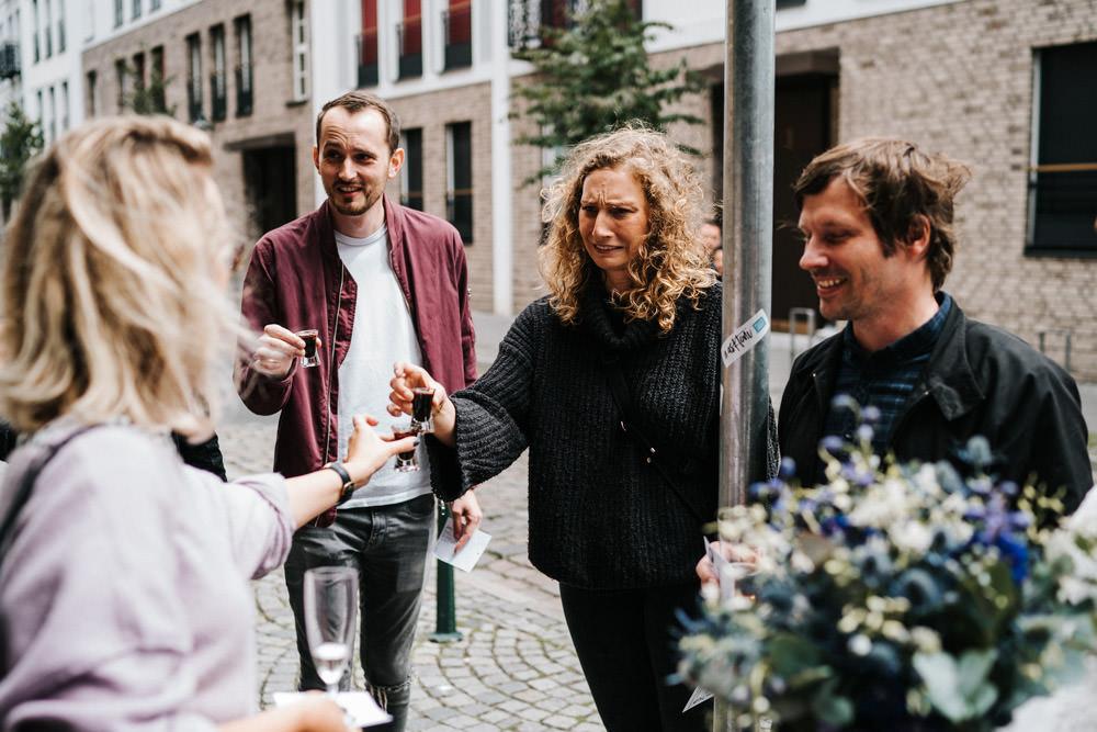 Hochzeit Düsseldorf Altstadt Kneipe Kneipentour Altbier